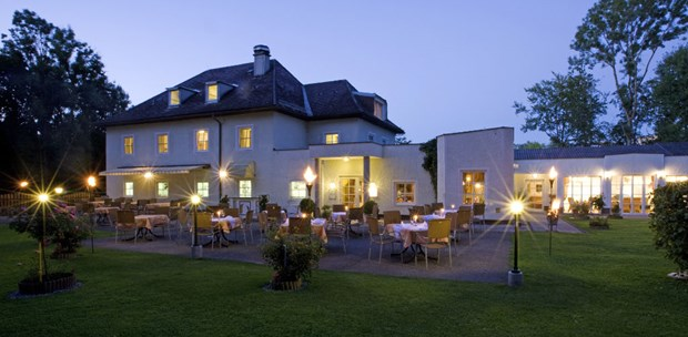 Destination-Wedding - Preisniveau Zimmer/Suiten: € - Restaurant & Hotel Waldesruh