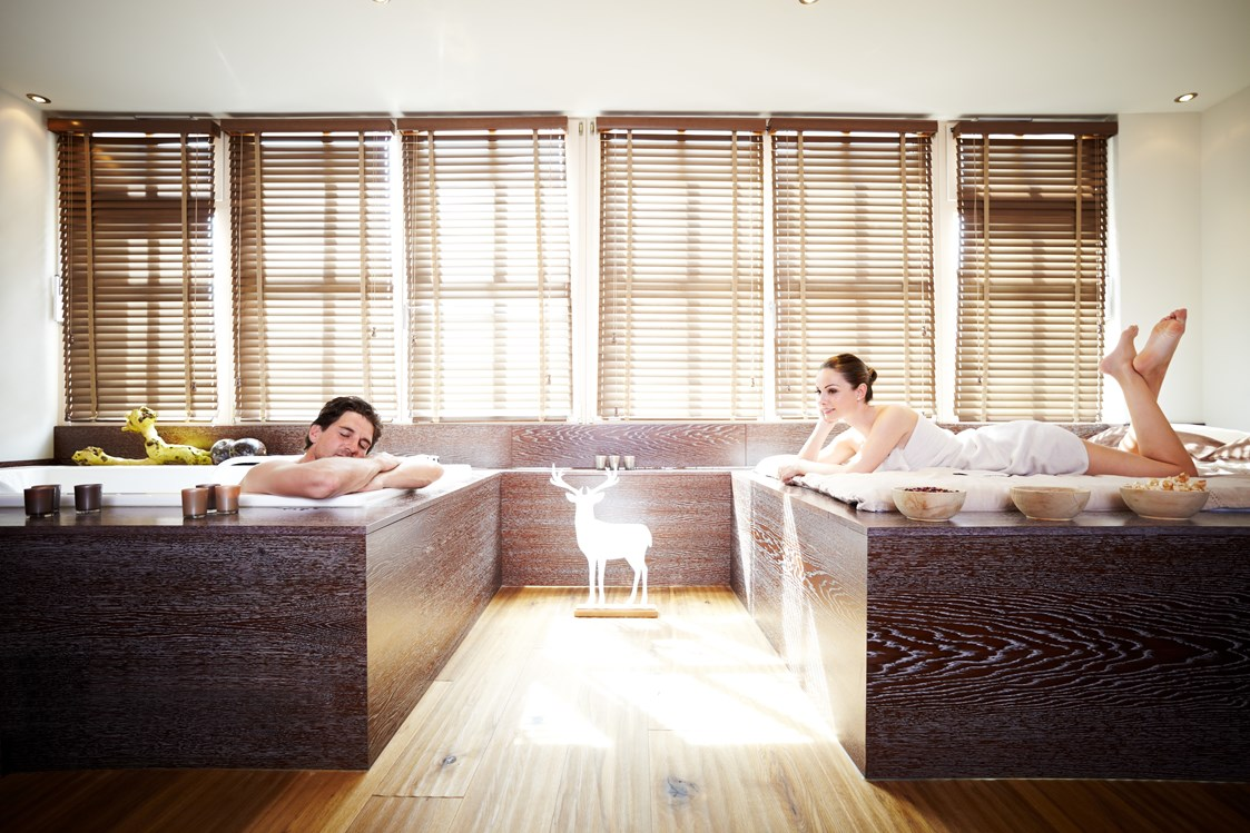 Hochzeitslocation: Private SPA Suite - Grand Tirolia Hotel Kitzbuhel, Curio Collection by Hilton